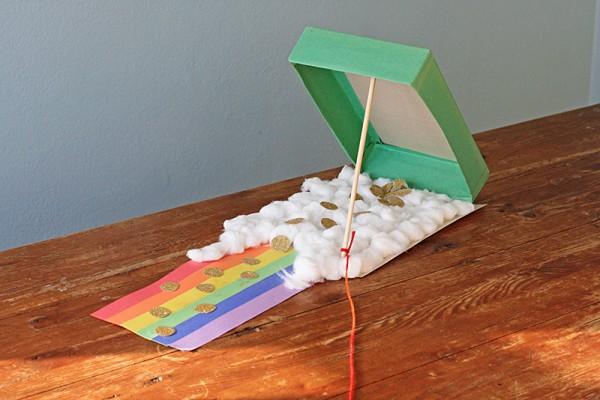 Cereal Box Leprechaun Trap by @amandaformaro Crafts by Amanda