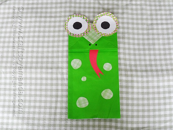 Paper Bag Frog Puppet - Crafts by Amanda by @amandaformaro