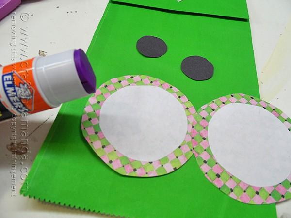 Paper Bag Frog Puppet - Crafts by Amanda by @amandaformaro