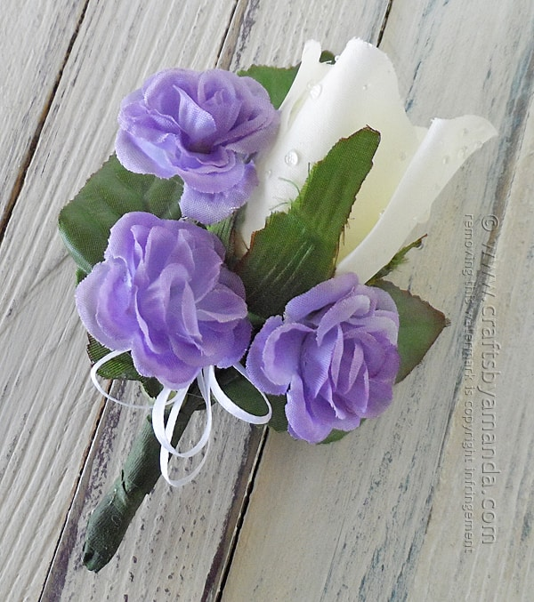 Make Your Own Corsage and Boutonniere for Prom by @amandaformaro Crafts by Amanda