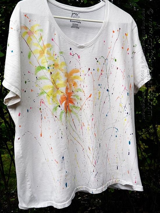 Jackson Pollock Inspired Tee by @amandaformaro of Crafts by Amanda