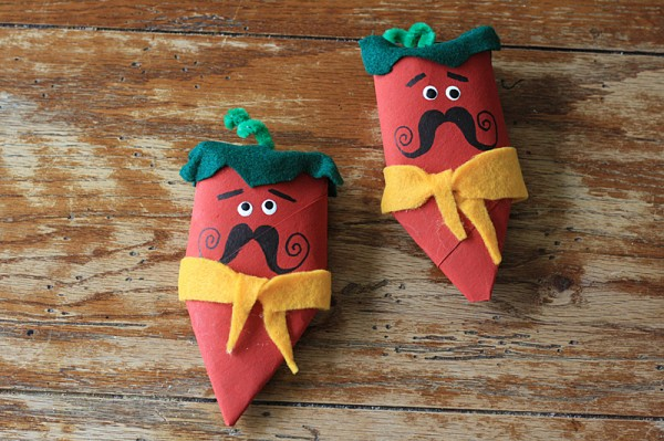 Adorable! Cardboard Tube Chili Pepper Maracas by @amandaformaro of Crafts by Amanda