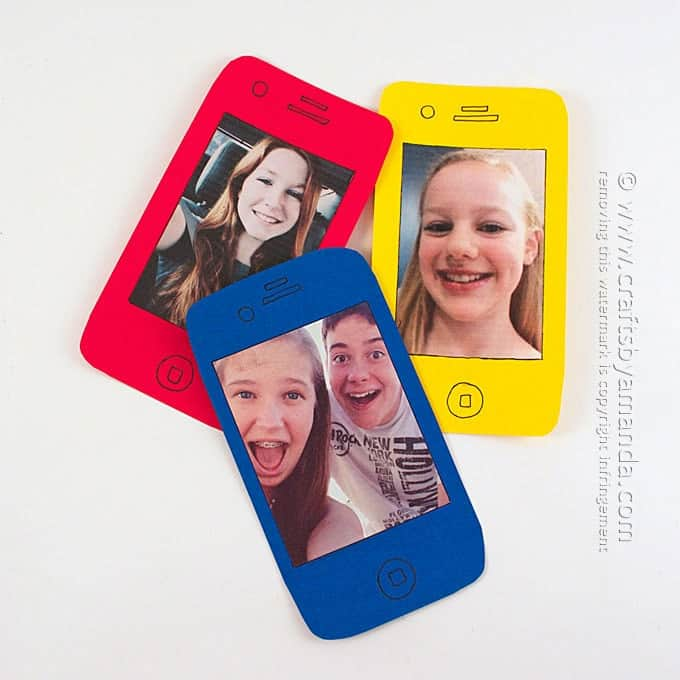 Cell Phone Selfie Card - great for Mother's Day or Father's Day! by Amanda Formaro - Crafts by Amanda