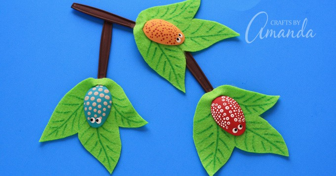 Plastic Spoon Bugs: a fun and colorful insect craft for kids
