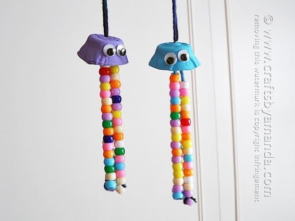 Egg Carton Crafts: Colorful Jellyfish by Amanda Formaro of Crafts by Amanda