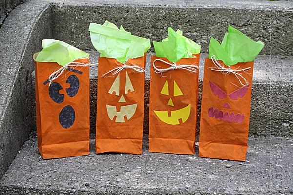 Jack O' Lantern Treat Bags - Amanda Formaro, Crafts by Amanda