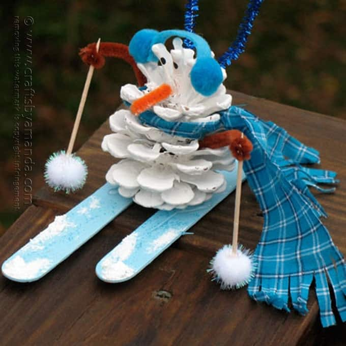 Pinecone snowman crafts by amanda for Pine cone christmas ornaments crafts