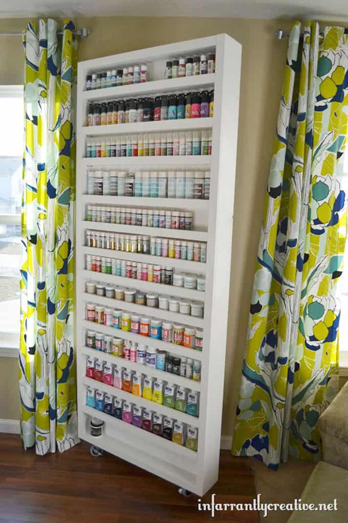 Beckie Farrant's awesome paint storage