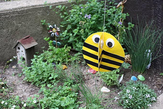 Duct Tape Twirling Bee Craft by Amanda Formaro, Crafts by Amanda