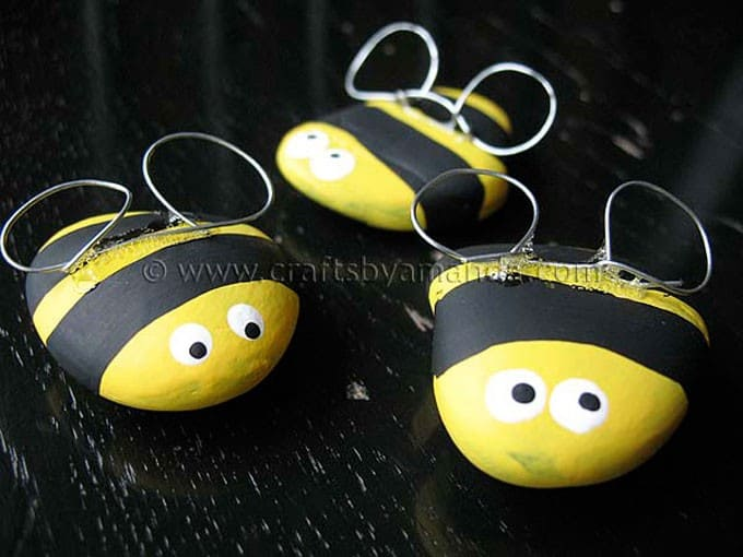 Rock Bee Craft by Amanda Formaro, Crafts by Amanda