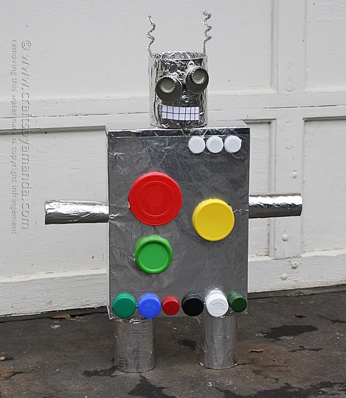 Make a robot from a cereal box crafts by amanda for How to make recycled paper crafts