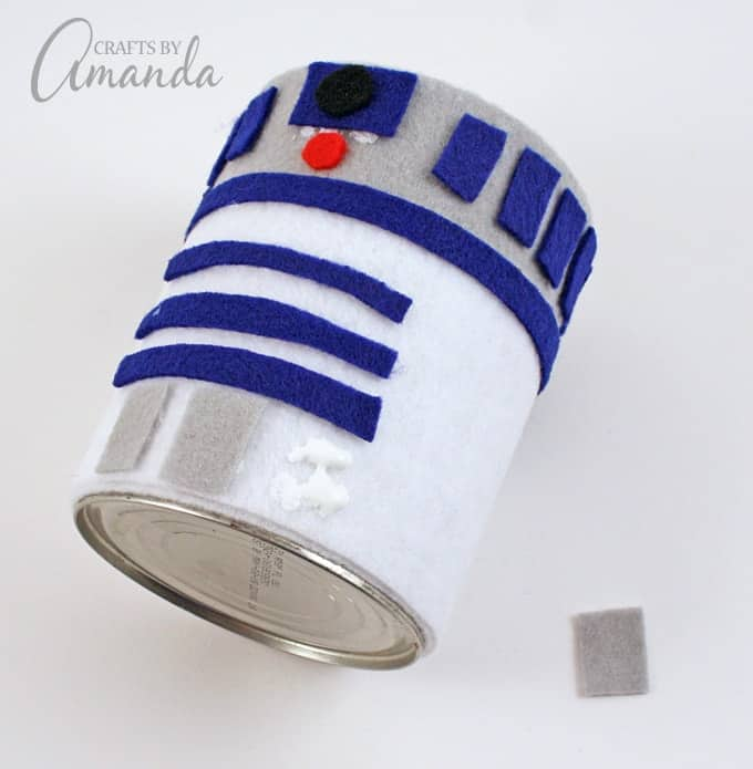 Star Wars CraftR2-D2 Pencil Holder