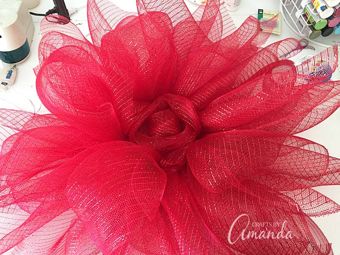 How to make a deco mesh poinsettia wreath
