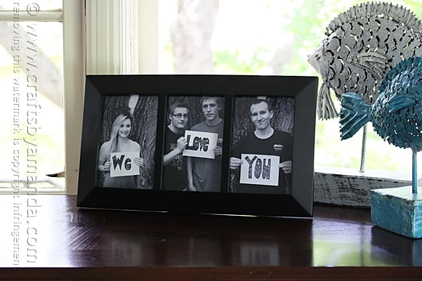 We Love You Photo Frame