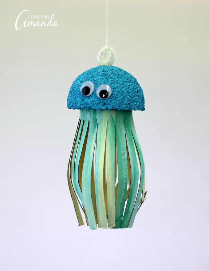 painted cardboard tube jellyfish craft