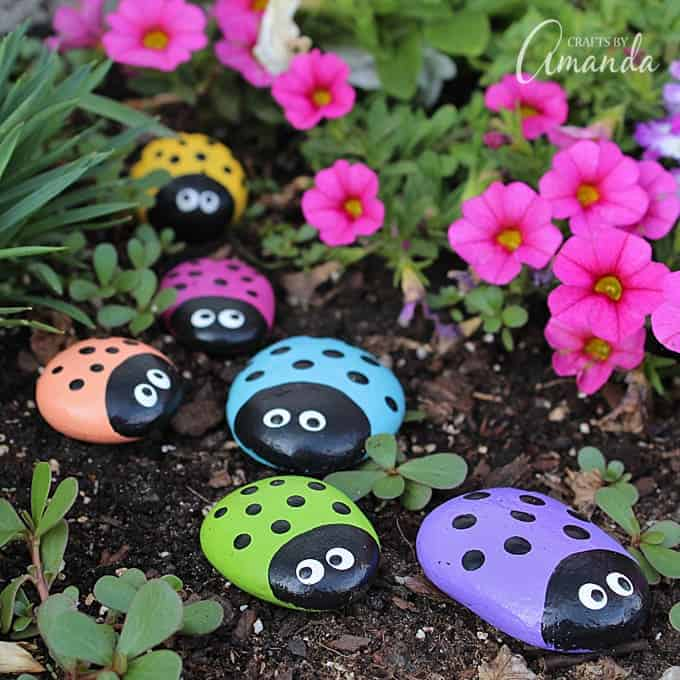 Outdoor Craft Ideas Gardens Part - 50: Learn To Make These Adorable Ladybug Painted Rocks. Use Special Outdoor  Paint For This Adorable