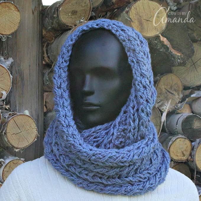 Make a beautiful infinity scarf, free knitted pattern!