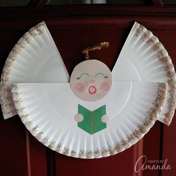 This pretty paper plate angel is a fun kid's craft for Christmas. A sweet angel craft is a good way of sharing the story of Christmas with your little ones.