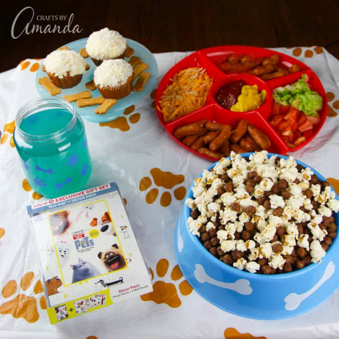 We had so much fun enjoying each other's company and some fun themed food during our Secret Life of Pets' Movie Night.