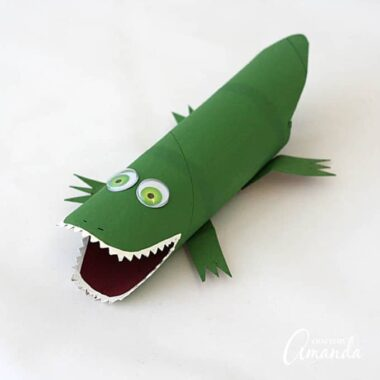 The sheer number of cardboard tube crafts I have made over the years is mind blowing! I raised four kids so there was always opportunity for crafting and creating. Now that my kids are grown, I will still make kid's crafts, but now I make them for you. This cardboard tube alligator is no exception.