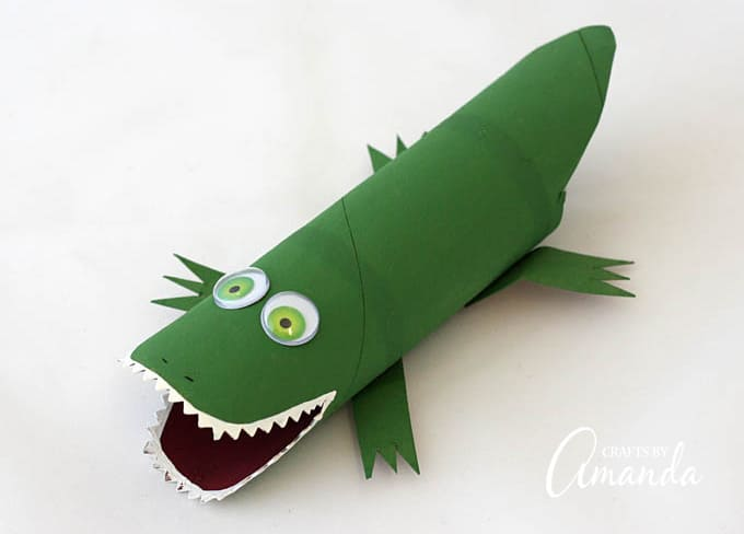 Cardboard roll crafts are tons of fun and this cardboard tube alligator is no exception. This cute alligator craft will be lots of fun for the kids!