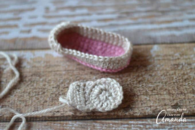 The construction of the crochet baby loafers