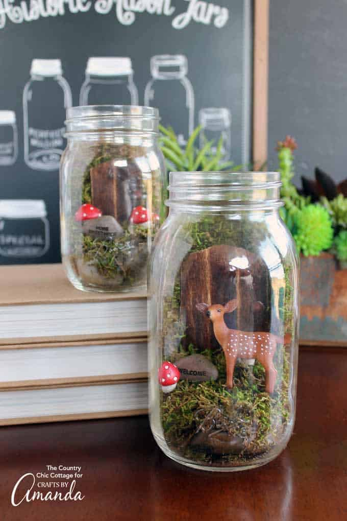 Do you love fairy gardens? What about mason jars? Why not combine both of those into this fairy garden mason jar terrarium?
