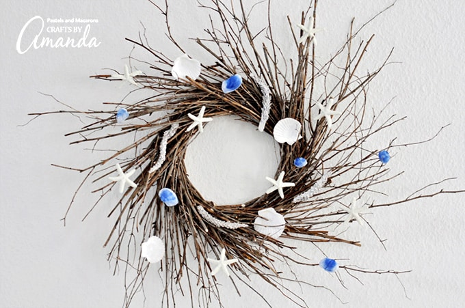 A beautiful DIY coastal wreath!