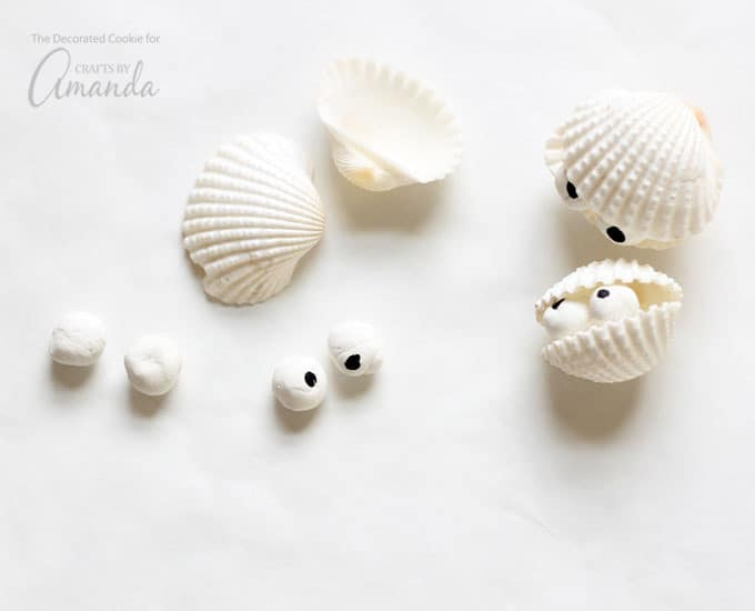 How to make sea shell creatures-clam