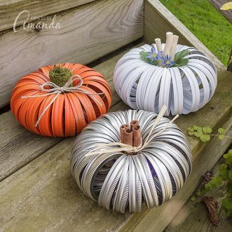 How to make mason jar canning lid pumpkins
