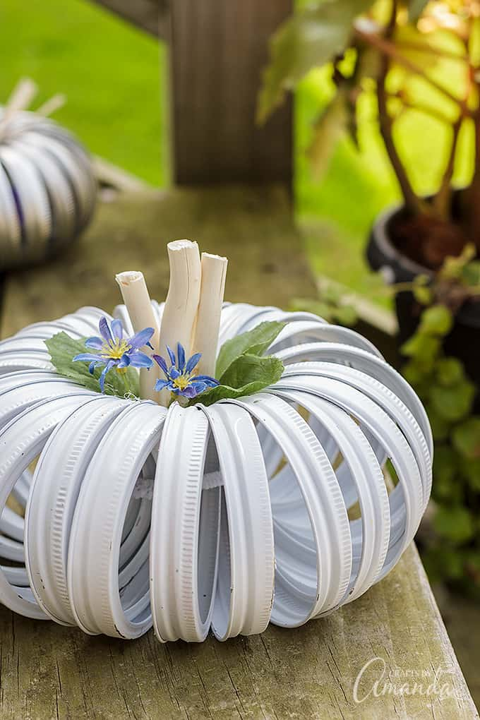 White mason jar lid pumpkin with flowers
