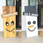 Reversible Scarecrow Snowman Sign