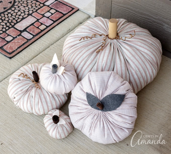 How to make cute fabric pumpkins