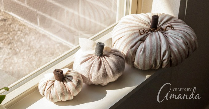 windowsill fabric pumpkins