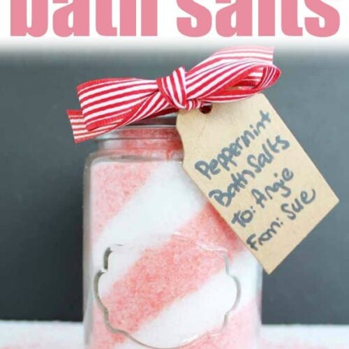 These Peppermint Bath Salts require only four ingredients and take less than 10 minutes to make. The perfect DIY holiday gift idea, candy cane bath salts! #peppermint #spagift #bathsalts #diygift #christmas #christmasgift #homemadegifts #giftideas #candycane