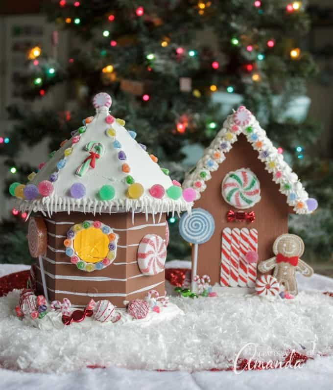 birdhouse gingerbread house - Gingerbread House Christmas Decorations