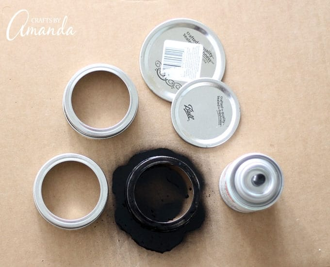 spray painting mason jar lids