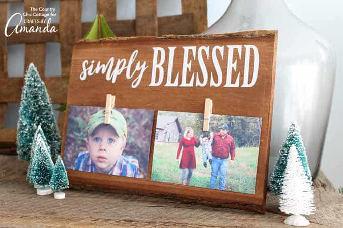 DIY gift idea: Rustic Wood Frame for Christmas