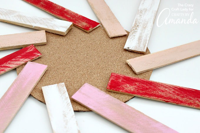 How to make a Valentine's Day Wood Shim Wreath step 3