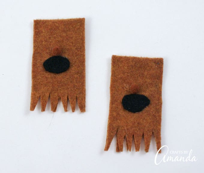 How to make Wookie Finger Puppets from Star Wars step 4