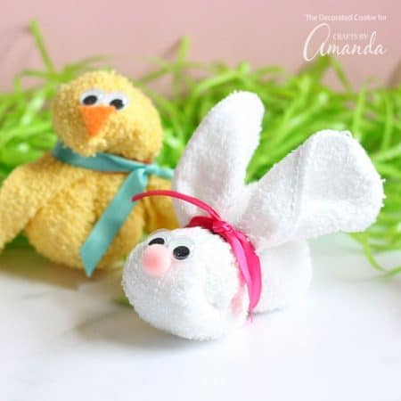 These washcloth bunny and chick are so easy to make and are a great addition to a baby shower gift or Easter basket. Or, have the kids help make these for some cute fun on a rainy day.