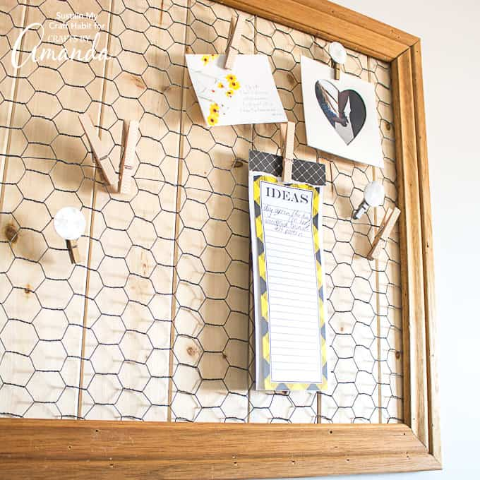 Memo board using scrap wood pieces and chicken wire