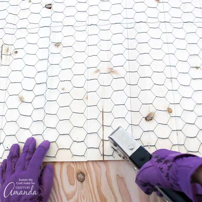 How to make a Farmhouse Inspired DIY Memo Board step 2