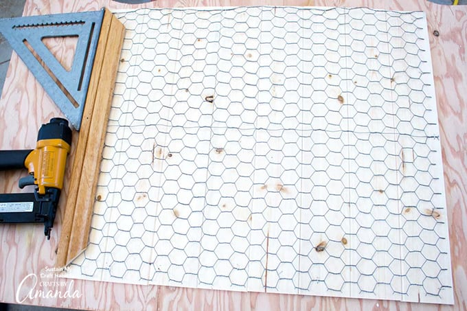 How to make a Farmhouse Inspired DIY Memo Board step 6