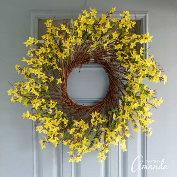 How to Make a Forsythia Wreath
