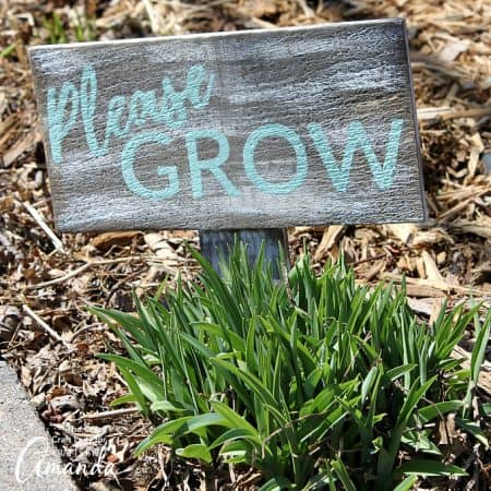 Get your garden crafts started with this distressed garden sign. Easily distress wood with stain and paint to make a unique yard sign.
