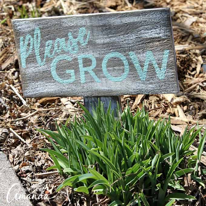 Garden craft- Please Grow Distressed Garden Sign
