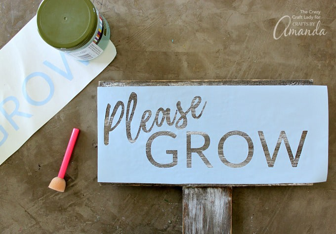 How to make a distressed garden sign step 4