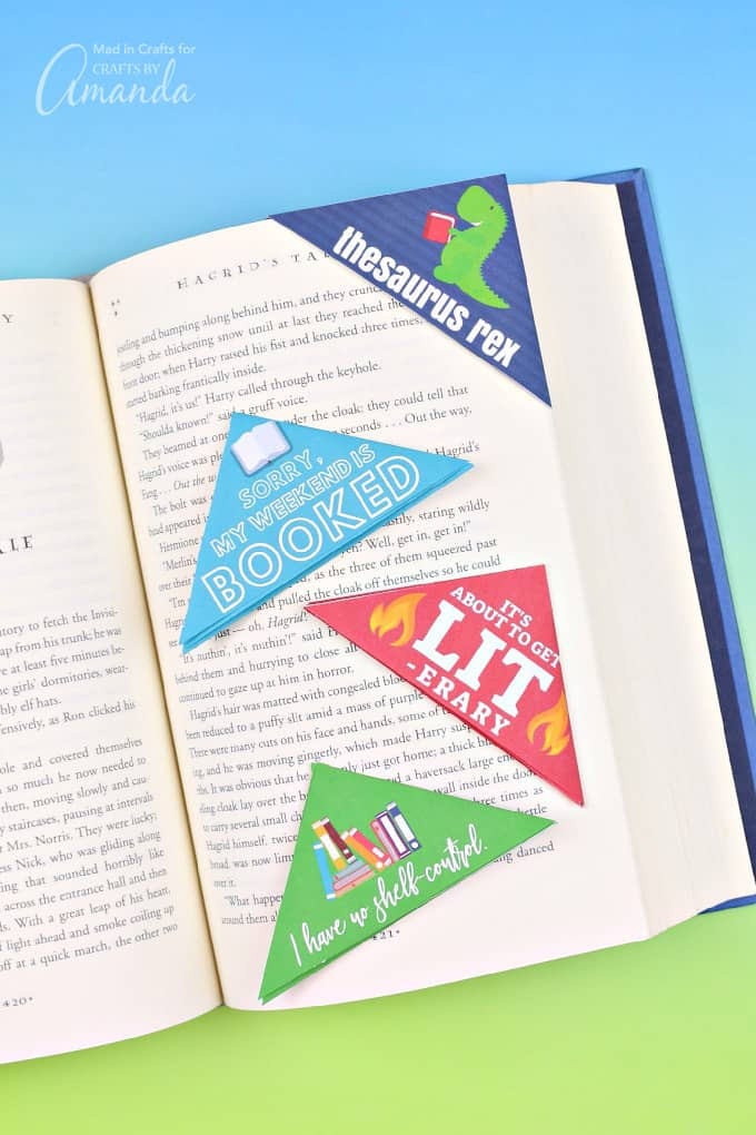 Printable bookmarks with puns on book