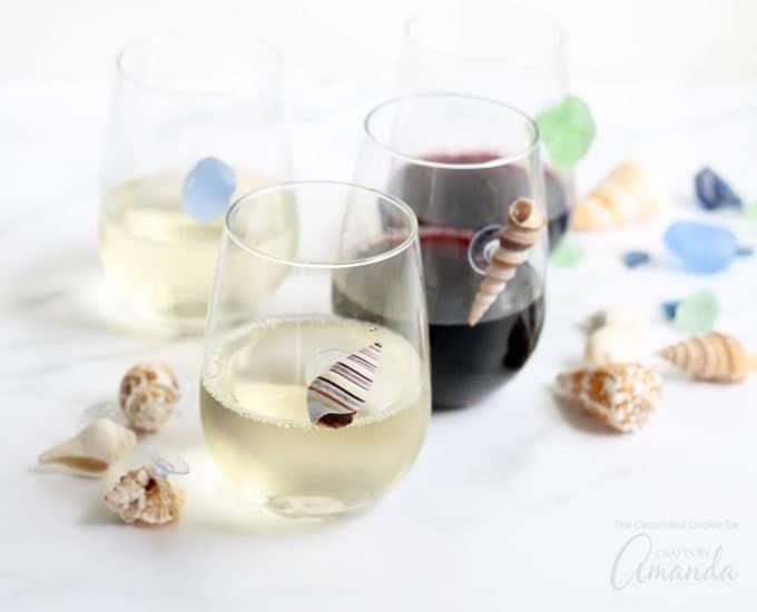 Seashell wine charms on wine glasses